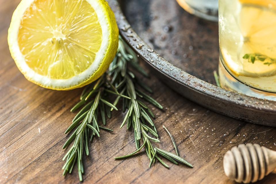 Le jus de citron le matin, bon ou mauvais ?